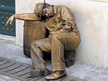 """Каким будет Рим без """"живых статуй""""?"""