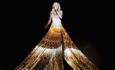 Элли Голдинг надела самое большое в мире платье