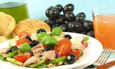 Помидоры и тунец: рецепт салата