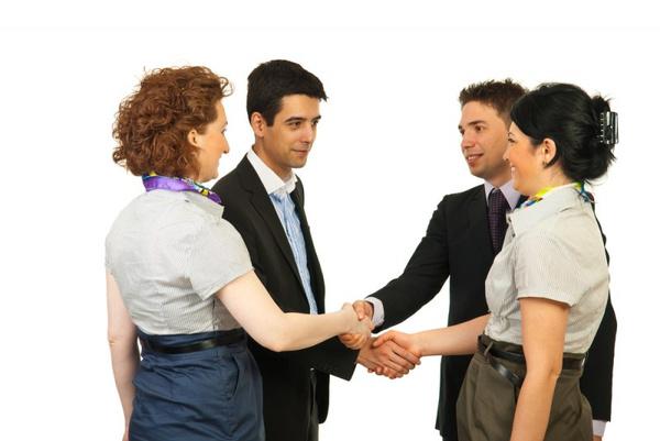 Как следует знакомиться с людьми