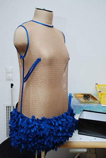 Создание платья из новой коллекции – это кропотливая, ручная работа.