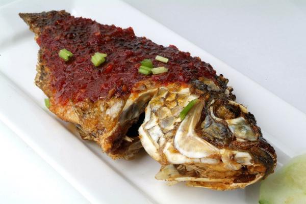 Сибас на гриле: рецепт с видео