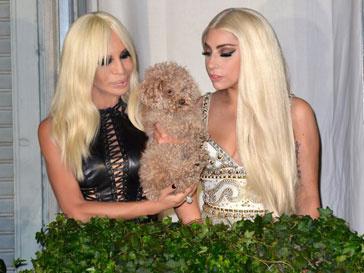 Леди ГаГа (Lady GaGa) навестила Донателлу Версаче (Donatella Versace) в Милане