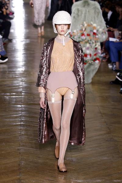 Показ Ulyana Sergeenko на Неделе Haute Couture в Париже | галерея [1] фото [11]