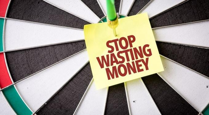 10 причин, почему мы слишком много тратим