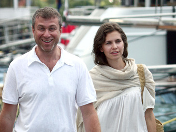 Счастливые родители Роман Абрамович и Даша Жукова