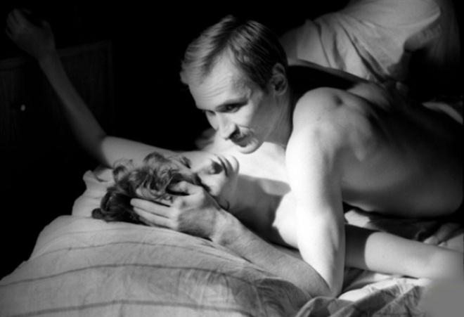 kuni-lesbi-fragment-iz-filma-seks-v-ozere