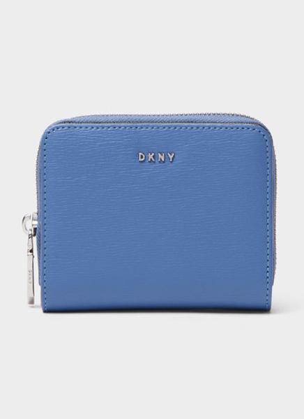 Кожаный кошелек DKNY, 8990 руб.