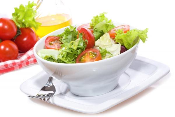 Как готовить салат из помидоров
