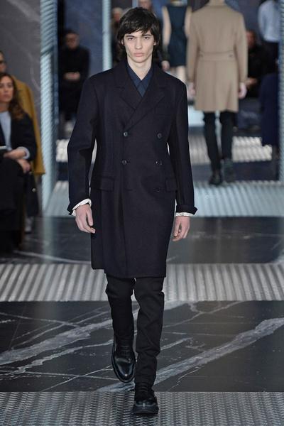 Бренд Prada представил на Неделе мужской моды в Милане сразу две коллекции | галерея [2] фото [7]