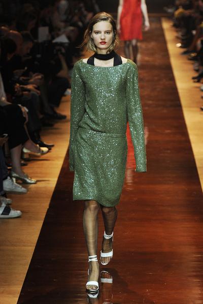 Неделя моды в Париже: день пятый   галерея [6] фото [7]