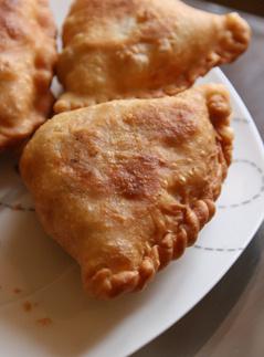 самосы, рецепт, постные пирожки, вегетарианские пирожки, индийская кухня, ведическая кулинария, кулинарный мастер-класс, овощная начинка, фруктовая начинка, заварной крем, жареные пирожки
