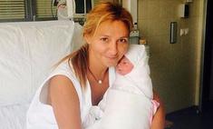 Самое сокровенное: Навка показала новорожденную дочь