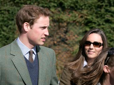 Принц Уильям и Кэтрин Мидлтон сыграют свадьбу в апреле 2011 года