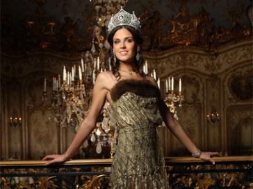 Мисс Россия 2010, Ирина Антоненко, Мисс Вселенная