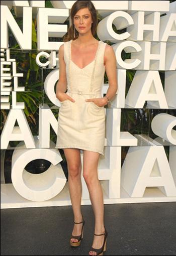 Anna Mouglalis в Chanel Haute Couture