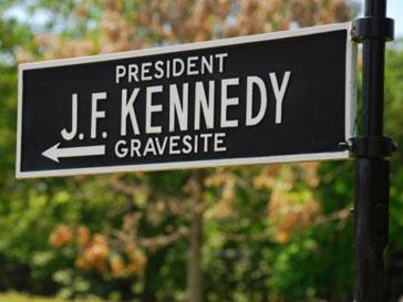 Автомобиль, перевозивший тело Джона Кеннеди (John Kennedy), был продан за $120 тыс.