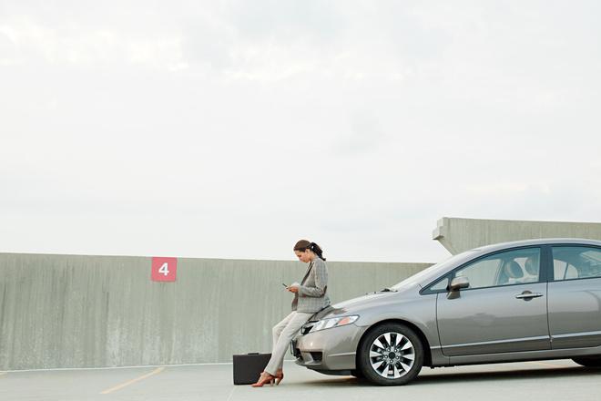 Как научиться парковаться женщинам