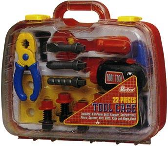Инструменты в чемоданчике, Redbox, 850 руб.