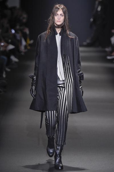 Неделя моды в Париже: 5 марта | галерея [3] фото [8]