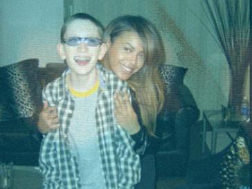 Бейонсе (Beyonce) и Тимми Келли впервые встретились в 2007 году.