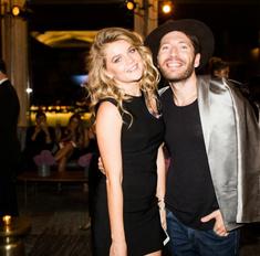 Мария Ивакова и Юра Столяров дают модные инструкции зрителям видеоблога Maybelline