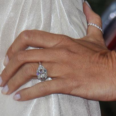 Кольцо Софии Вергары