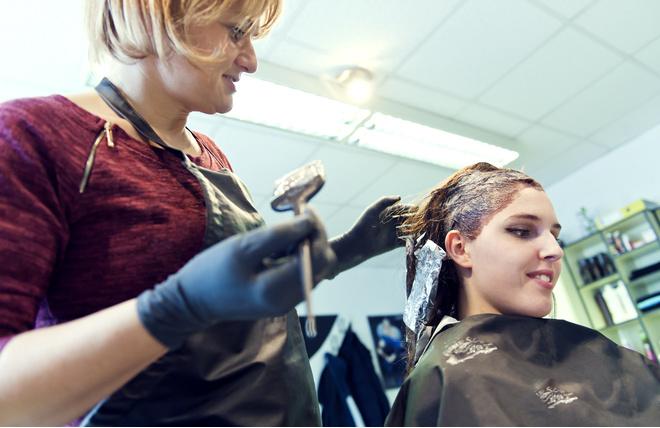 как отстирать краску для волос с одежды