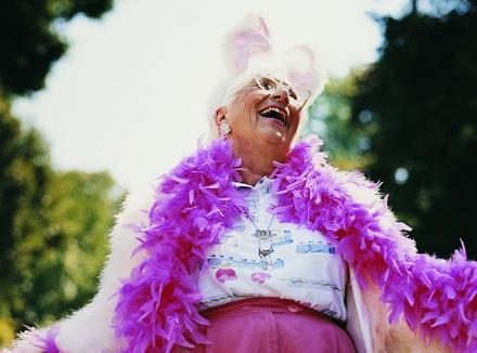 Почему мы так боимся сумасшедших пляшущих старушек
