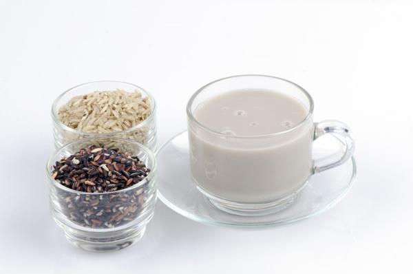Приготовление рисового молока