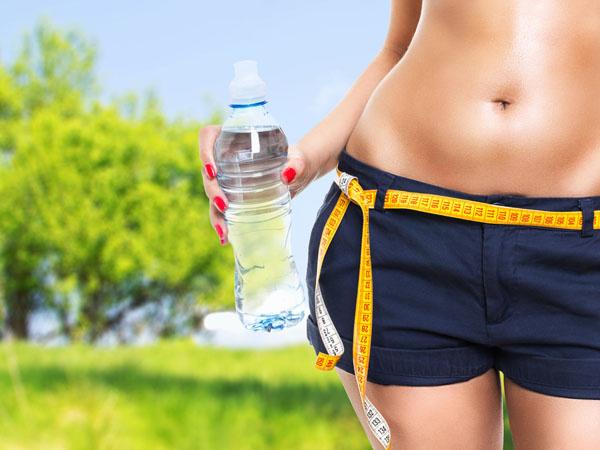 Вода полезна не только для кожи, но и в борьбе с лишним весом.