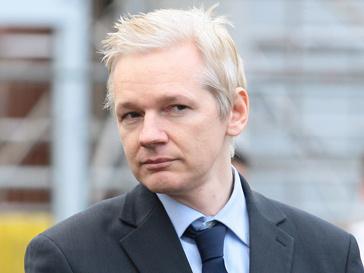 Джулиан Ассанж (Jullian Assange) хочет подать иск против The Guardian