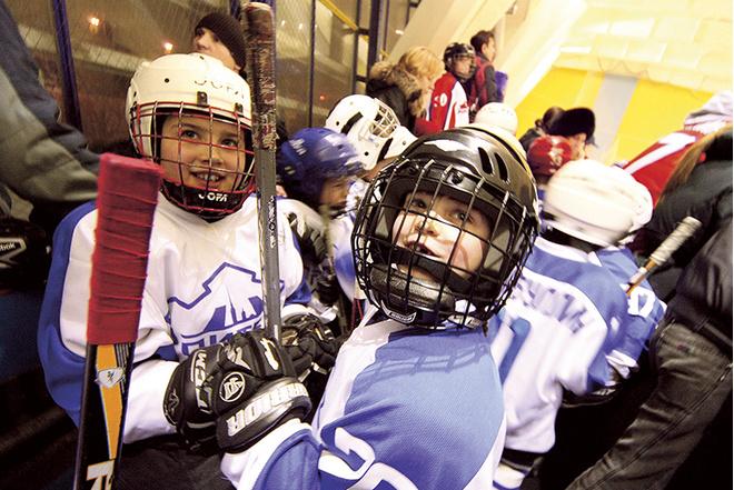 Выбираем: секция хоккея или футбола для мальчиков в Санкт-Петербурге, адреса, эксперт
