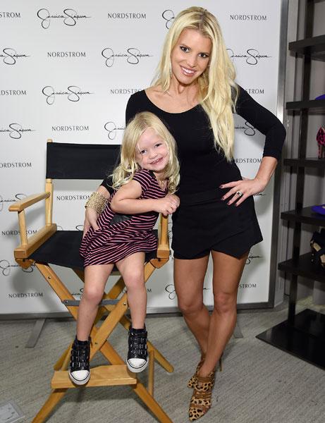 Джессика Симпсон с дочерью Максвелл