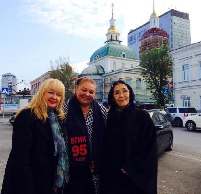 Три Наташи – Гвоздикова, Бондарчук и Аринбасарова