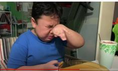 мальчик расплакался счастья отведав еду mcdonald карантина видео