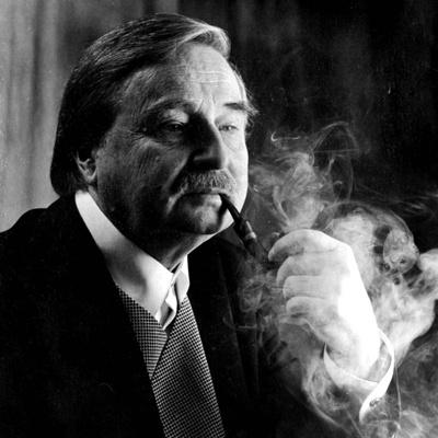 «Я получил при жизни то, что многие писатели получают только после смерти», – признался как-то сербский писатель.