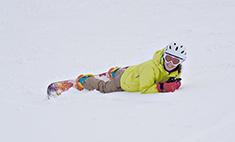 Зимние радости: лыжницы и сноубордистки Владимира