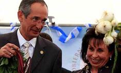Жена президента Гватемалы подала на развод ради участия в выборах