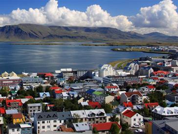 Летом Рейкьявик предлагает туристам бесплатные литературные экскурсии