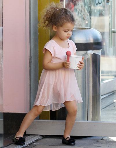 Дочь Николь Ричи (Nicole Richie) и Джоэла Мэддена (Joel Madden) - Харлоу (Harlow Madden)