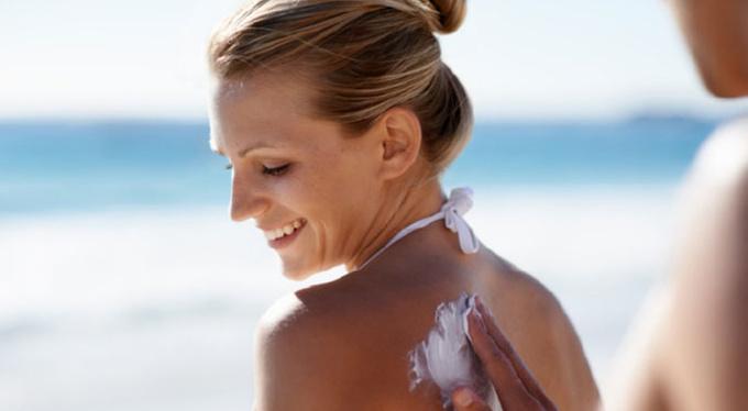 Отпуск на носу: какое солнцезащитное средство выбрать?