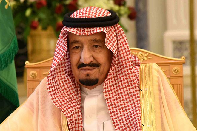 Отпуск за $100 млн: как отдохнул летом саудовский король