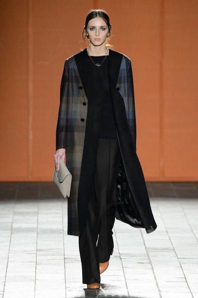 Неделя моды в Лондоне: 22 февраля   галерея [3] фото [12]