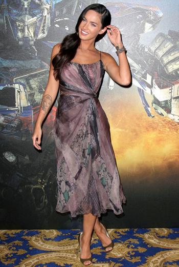Меган Фокс в платье Alberta Ferretti
