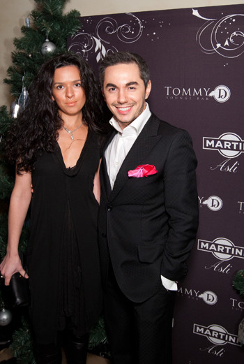 Шоумен Тимур Родригез с женой Анной