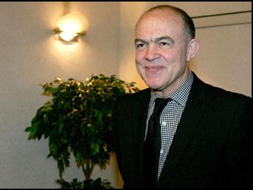 Лакруа во время встречи с министром промышленности Франции