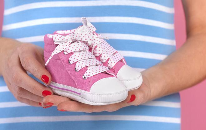 Как выбрать обувь ребенку до года: рекомендации и советы