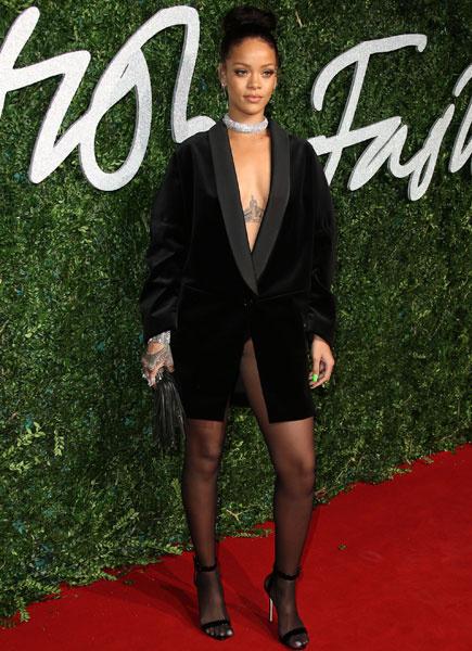 Рианна на вручении премии British Fashion Awards