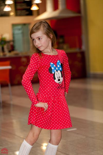 модная одежда для школьников